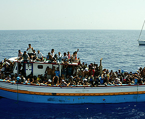 Screen shot 2012 08 13 at 2.10.25 PM 290x239 Asylum seeker boat