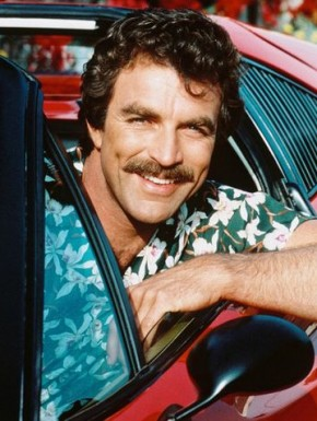 magnum pi tom selleck 290x385 Tom Selleck