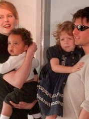 Nicole Kidman And Tom Cruise With Children