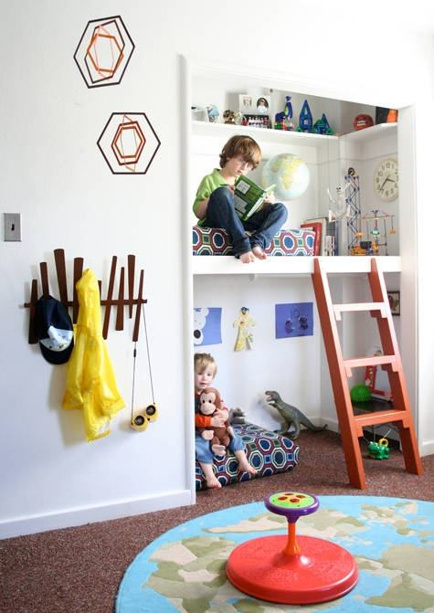 Turn A Closest Into Bunk Beds So The Kids Can Have Full Reign Of Their Rooms To Play